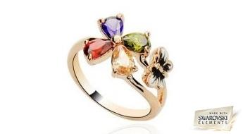 """Gredzens """"Jaunība"""" ar maigu dizainu un košiem daudzkrāsainiem Swarovski Elements™ kristāliem."""