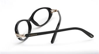 """Klasikas cienītāji - izceliet  savu individualitāti kopā ar """"Fashion Optika"""". Iegādājoties briļļu ietvarus no kolekcijas FABERGE par 30% lētāk un saņem redzes pārbaudi bezmaksas!"""
