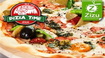 """Garšīga un bagātīga pica no plašā """"Pizza Time"""" picu klāsta, sākot no € 3,6 (Ls 2,53). Prieks vēderam un acīm!"""