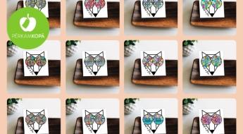 Radīts Latvijā! AND A FOX daudzkrāsaini koka nagliņauskari ar zodiaka zīmēm, abstrakcijām u.c. dizaina elementiem