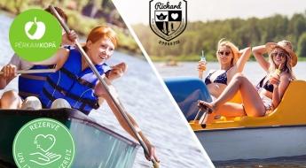 Izbaudi mieru un harmoniju uz ūdens! Izbrauciens ar airu laivu vai katamarānu Ķīšezerā (1 h)
