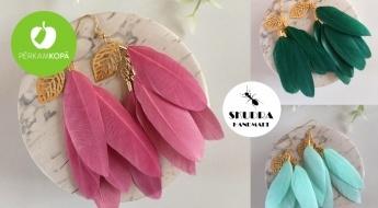 Radīts Latvijā! SKUDRA HANDMADE vasarīgi spalvu auskari - plaša krāsu izvēle